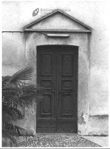 Porta dell'oratorio dell'Assunta (1990)