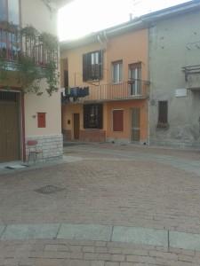 Largo GramsciV C Scuola primaria Foscolo Pacchetto scuola 2014/15