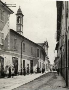 Via Umberto I, oggi via Indipendenza (anni '30)