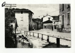 Vecchio fontanile al Capo Sopra, piazza Mentana (anni '30)