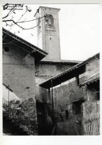 Edifici adiacenti alla chiesa di San Giuliano (anni '70)